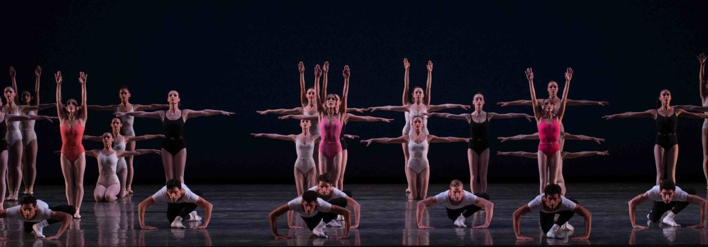 Miami City Ballet dancers in Symphony in Three Movements. Choreography by George Balanchine © The George Balanchine Trust. Photo © Daniel Azoulay.