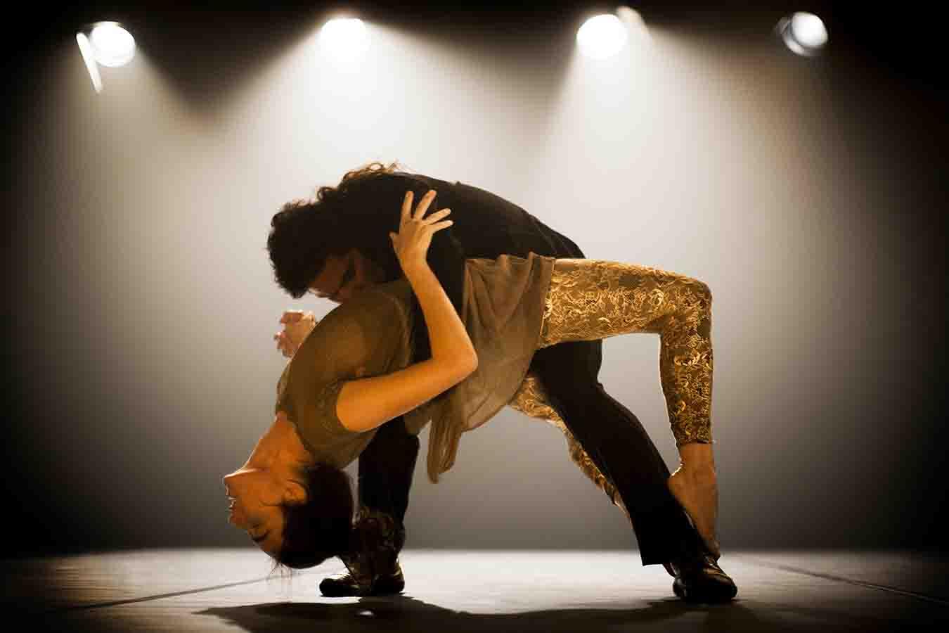 Maria Kong dancers in Open Source © Alexander Sherbakov