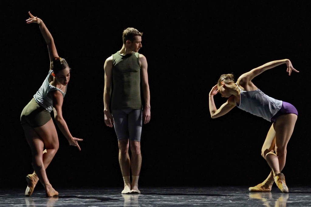 Kirsten Wicklund, Darren Devaney & Alexis Fletcher in workwithinwork.  Photo ©Michael Slobodian